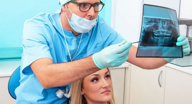 Челюстно лицевой хирург